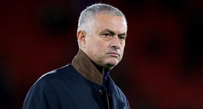 Jose Mourinho'dan Paul Pogba'ya sert sözler