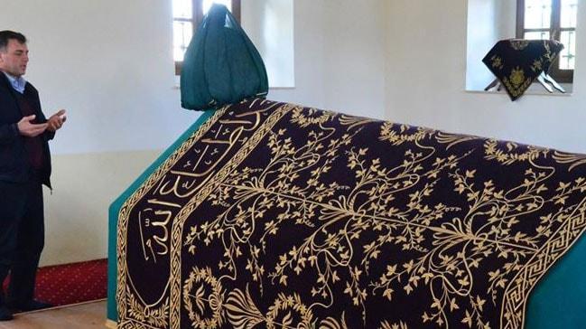 Kosova'daki Sultan Murad türbesine ziyaretçiler akýn ediyor