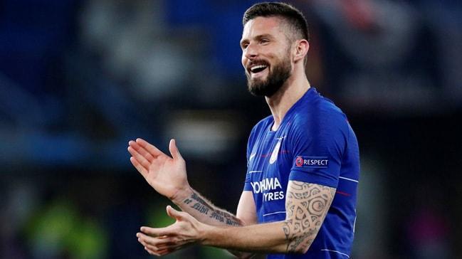 Chelsea, Olivier Giroud'nun sözleşmesini 1 yıl uzattı