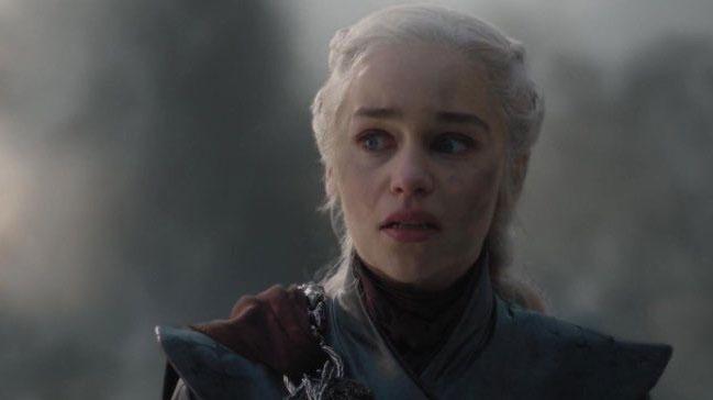 Game of Thrones final sahnesi 8 yıl önceki 1. sezon posterinde olduğunu ortaya çıkardı