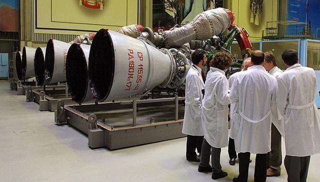 Rus uzay ajansı, ABD'ye roket motoru teslimatını sürdürmeyi bekliyor