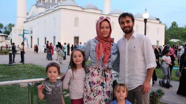 İslamiyet'i seçerek huzur bulan iki Amerikalı müslümanın hikayesi