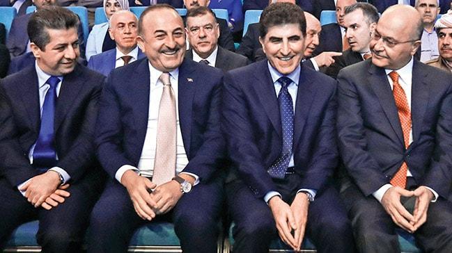 Çavuşoğlu'ndanBarzani'ye tebrik