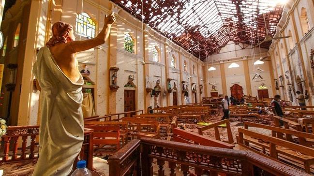 Sri lanka saldırısıyla ilgili olduğu öne sürülen 5 kişinin ülkeye iadesi yapıldı