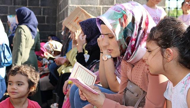 Nihat Hatipoğlu'nun sınav başarı duası! İşte sınavda başarılı olunması için okunacak dualar