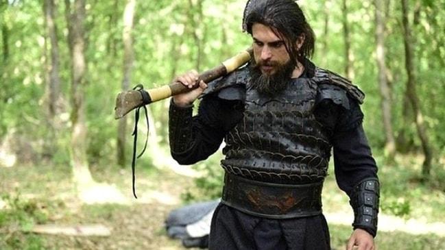 """Turgut Alp, Diriliş Osman kadrosunda mı"""" Tarihi kaynaklar ne diyor"""""""