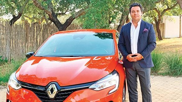 Yeni nesil Renault Clio teknoloji yüklü geliyor