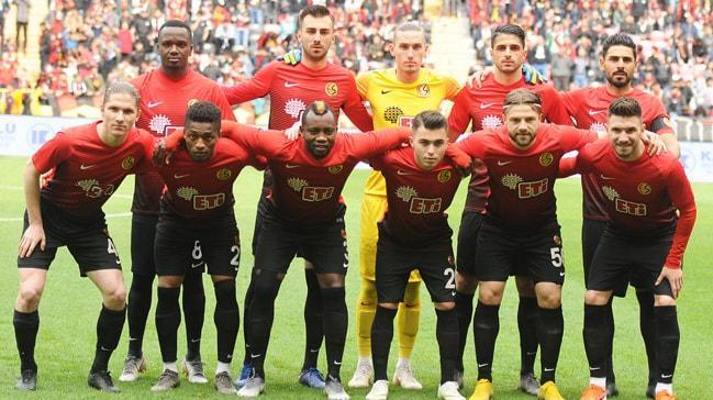 FIFA, Eskişehirspor'a 6 puan silme cezası verdi