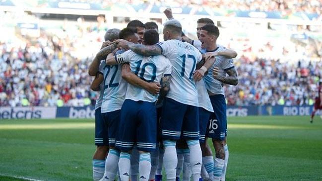 Arjantin yarı finale yükseldi