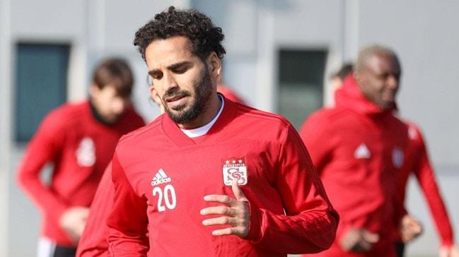Beşiktaş'ın ilk transferi Douglas! Brezilyalı oyuncunun sözleşme şartları da ortaya çıktı
