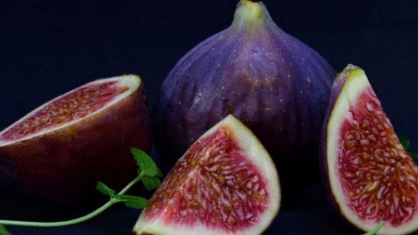 İngiliz Kraliyet ailesinin gözdesi taze siyah incirin ihracatı başlıyor