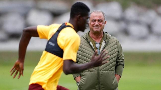Fiorentina'da Fatih Terim sevinci