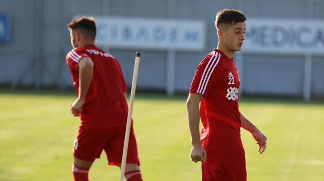 Sivasspor, 19 yaşındaki Armin Djerlek'i transfer etti