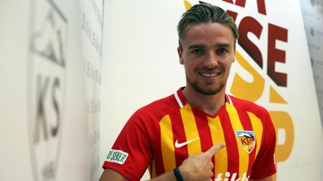Kayserispor, Ben Rienstra'yı transfer ettiğini duyurdu