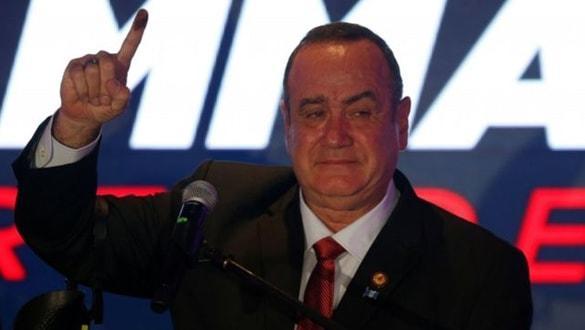 İşte Guatemala'nın yeni devlet başkanı...