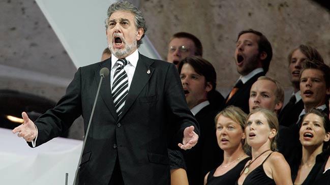 9 kadın, ünlü İspanyol tenor Placido Domingo'yu cinsel tacizle suçladı