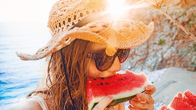 Tatilde kilo alanlar, şok diyetlere gömülmeyin