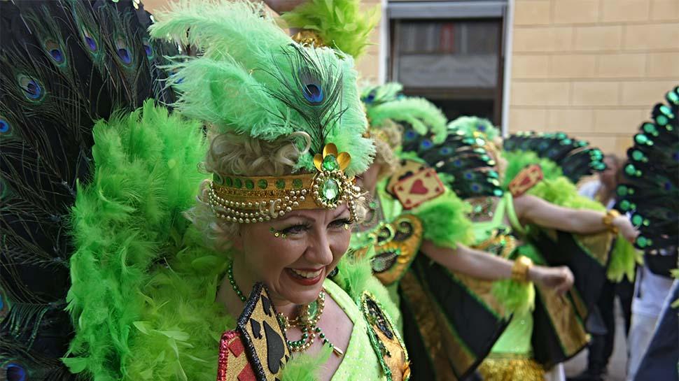 Brezilya'nın meşhur sokak karnavalı: Samba!
