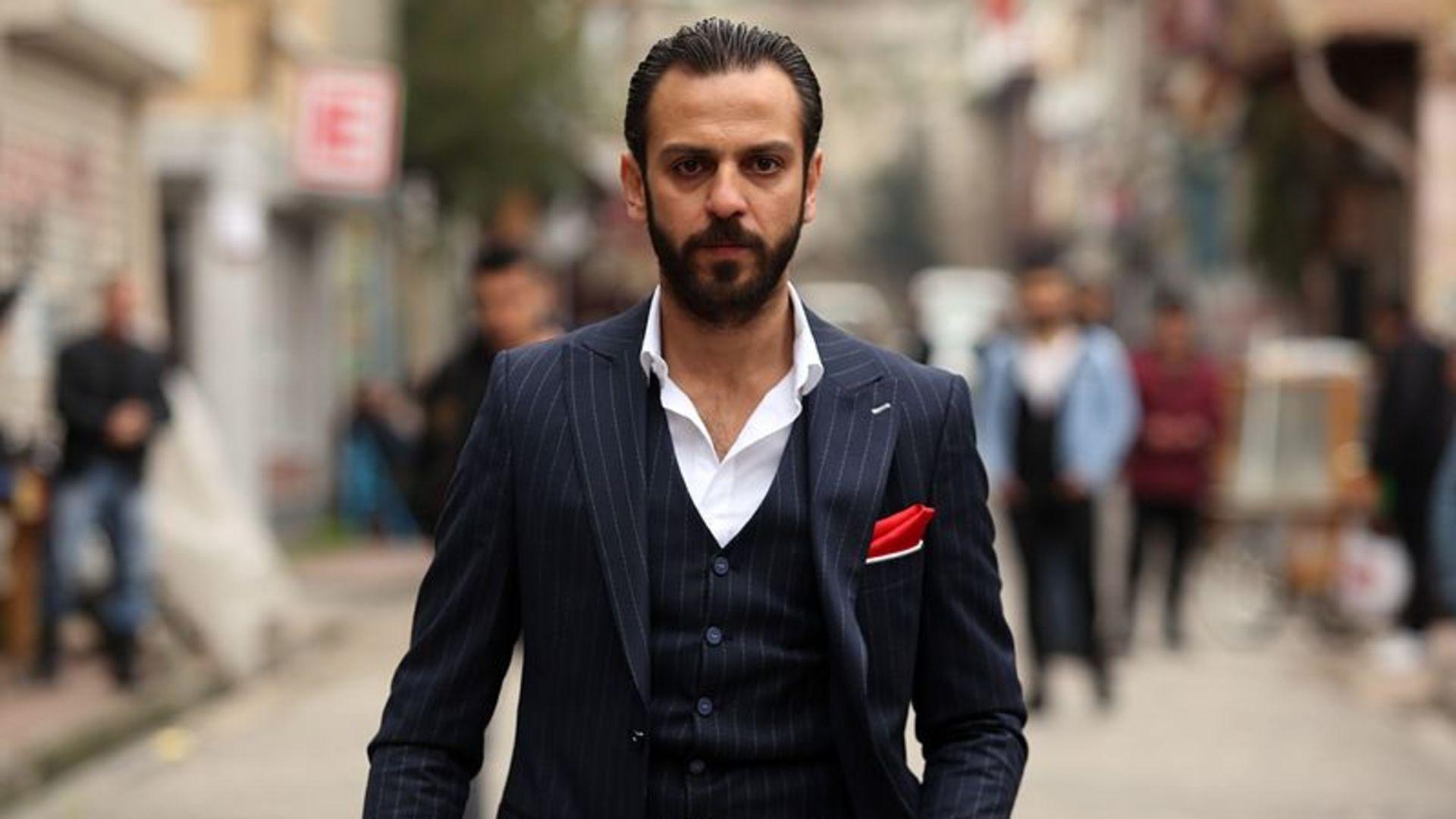Çukur dizisinin 'Vartolu'su tüm gelirini Bursaspor'a bağışladı