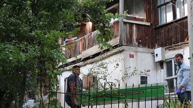 Mahalleli polisi aradı, acı gerçek ortaya çıktı! Yalnız yaşayan adam evinde ölü bulundu