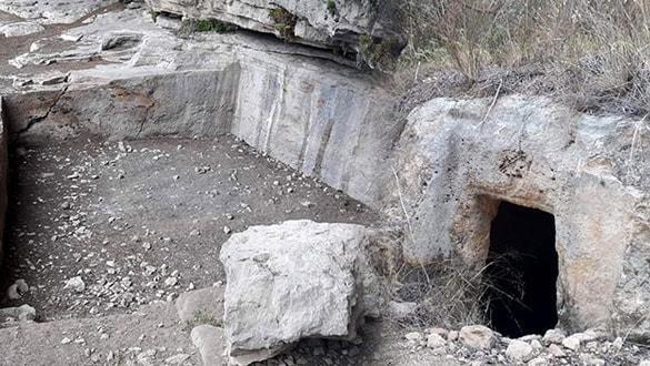 Tarsus'taki kaya mezarları tarihe ışık tutacak