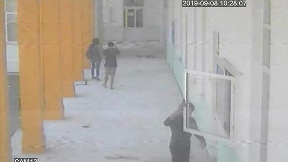 KKTC polisi her yerde Türk bayrağını indiren Rum'u arıyor!