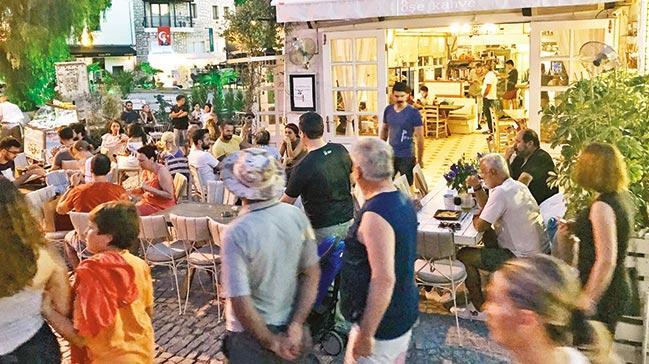 Turizmci 'sezonluk esnaf'a karşı yaptırım bekliyor