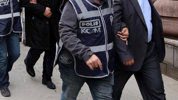 Yurt dışına kaçmaya çalışan 3 FETÖ şüphelisi tutuklandı