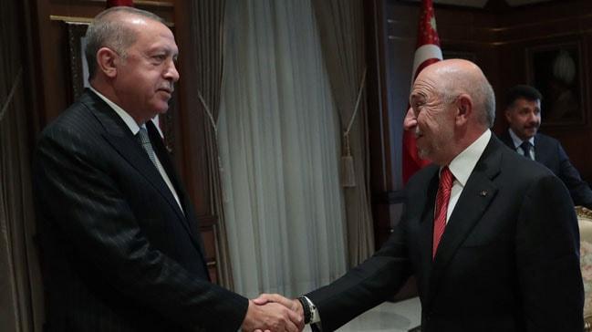 Cumhurbaşkanı Erdoğan Nihat Özdemir ve yönetimini kabul etti