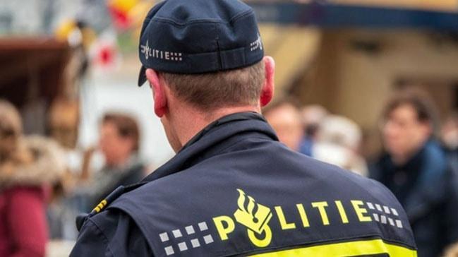 Hollanda'da 100 Fransız taraftar gözaltına alındı