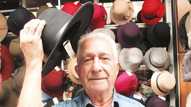 50'li yıllarda şapka saygı ifadesiydi