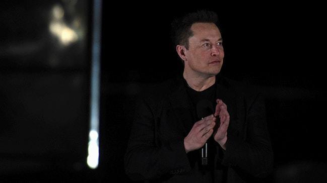 Elon Musk, 'Starship'i tanıttı... Ay'a ve Mars'a insan taşıyacak!