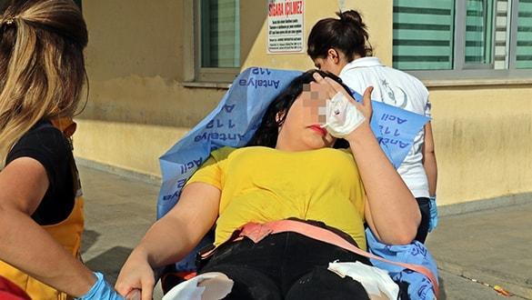Antalya'da genç kızların sosyal medyada 'niye küfür ediyorsun' kavgasında kan aktı