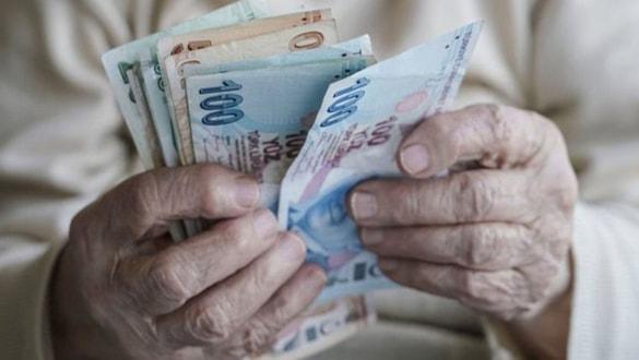 Emekli maaşlarına çifte zam