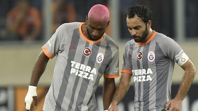 Galatasaray yaşlı kadrosunun sıkıntısını yaşıyor