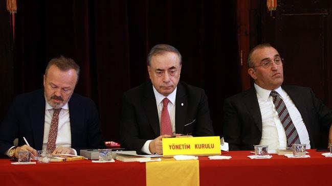 Galatasaray Kulübünün divan kurulu toplantısı sona erdi
