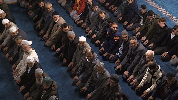 Vatandaşlar Barış Pınarı Harekatı'na destek için camilerde buluştu