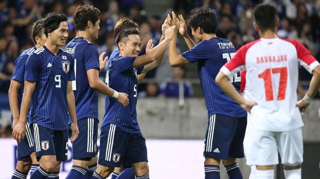 Japonya'nın Moğolistan'ı 6-0 yendiği maçta Yuto Nagatomo da gol attı