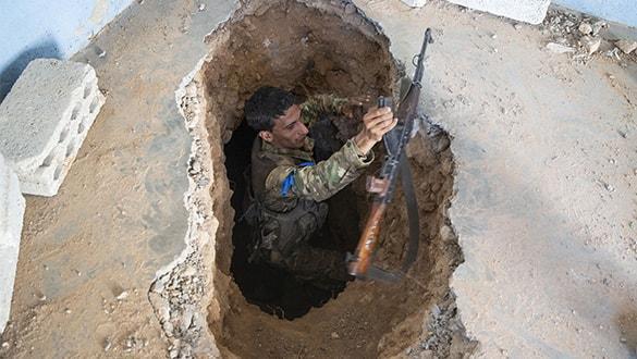 Fırat'ın doğusunda YPG-PKK'nın kazdığı tünel ortaya çıkarıldı