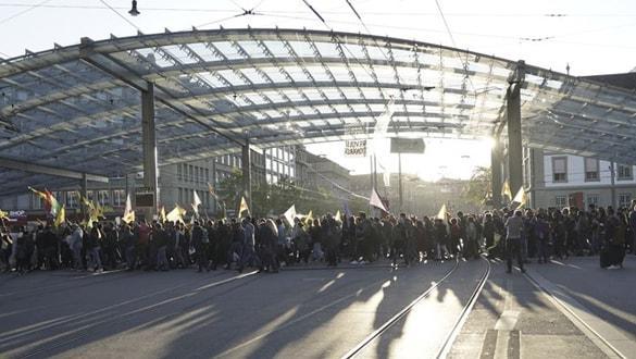 YPG/PKK yandaşları İsviçre'de polisle çatıştı