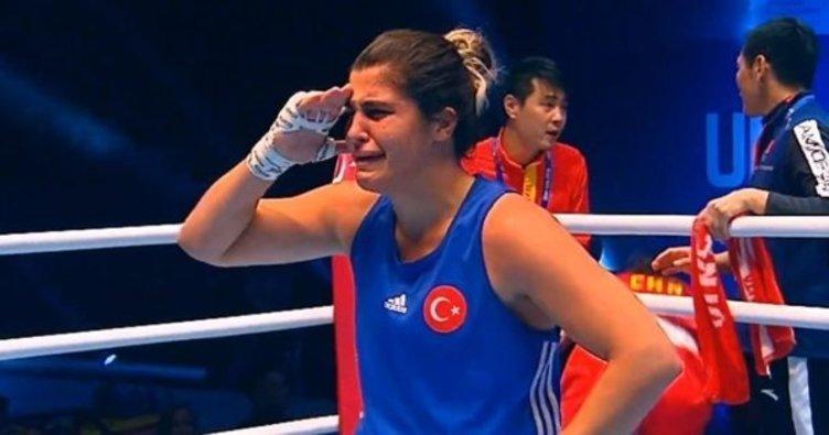 """Busenaz Sürmeneli kimdir"""" Dünya Kadınlar Boks Şampiyonu Busenaz Sürmeneli kaç yaşında"""""""