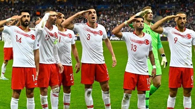 İtalya, Şampiyonlar Ligi finalinin Türkiye'den alınmasını istedi