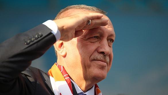 Başkomutan Erdoğan'dan Mehmetçiklerimize asker selamı