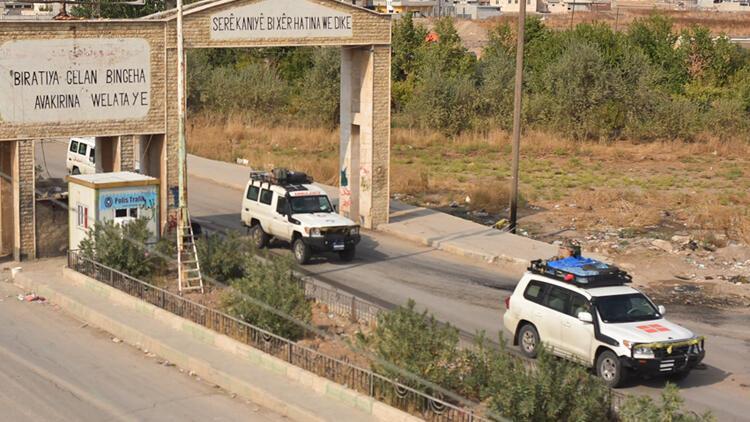 PKK-YPG'li teröristlerden bu kez de 'üniforma' oyunu
