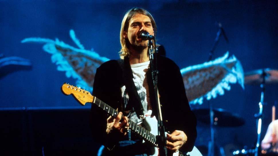 Kurt Cobain'in yıkanmamış hırkası satıldı! Fiyatına çok şaşıracaksınız