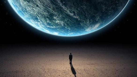 """Bir insan aslında kaç kişidir"""" Kemal Sayar'dan yeni kitap: Başı Sınuklar İçin Kılavuz"""