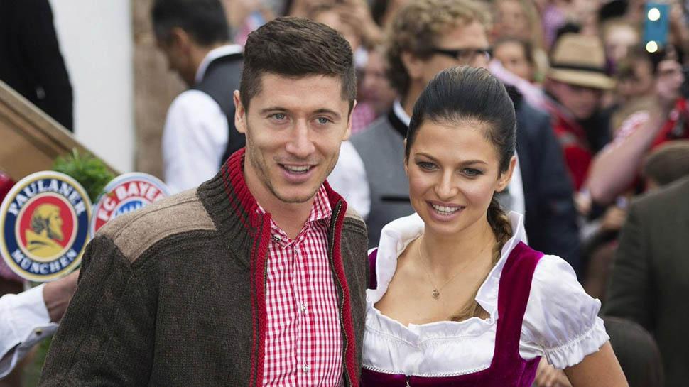 Ünlü futbolcu Lewandowski ve eşinin Halloween 2019 kıyafeti olay oldu