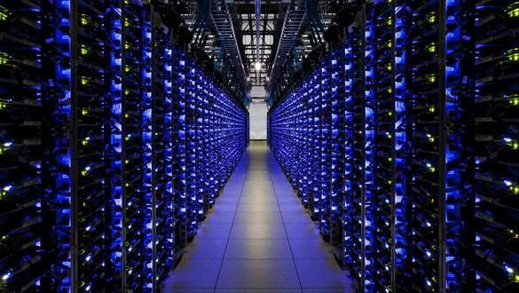 Veri merkezi yatırımları meyvesini vermeye başladı! Türkiye merkez üssü oluyor