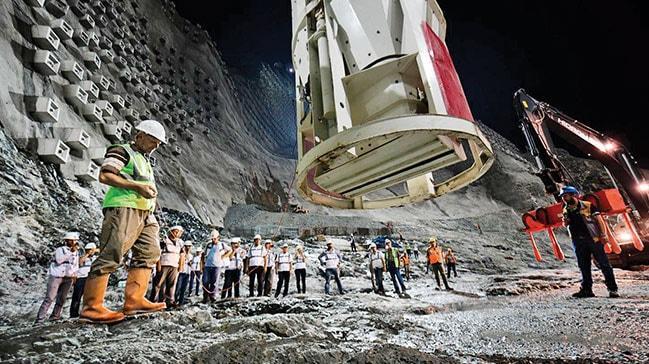Türkiye'nin en yüksek barajında geri sayım: 145 metreye ulaşıldı