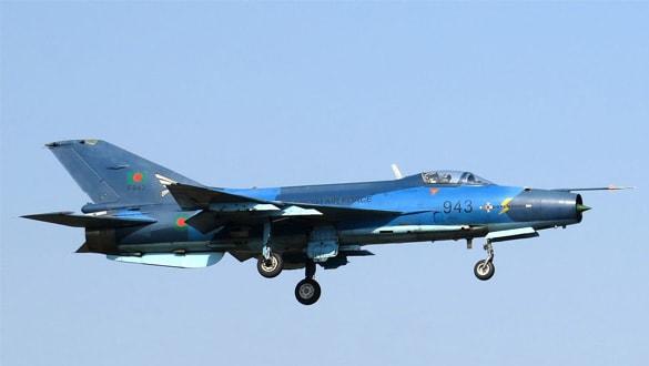 Çin üretimi savaş uçağına Türkiye pençesi